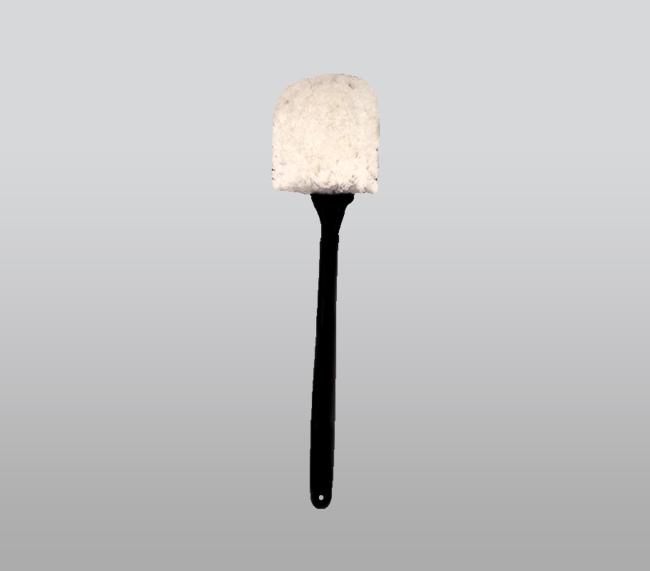 """20"""" White Dura/ Long Handle Fender Brush"""